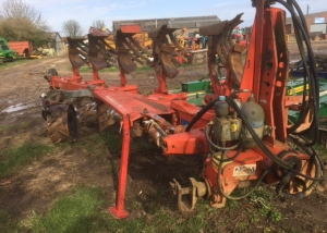 Kuhn Multimaster 151 5 Furrow Plough