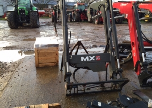 Chillton MX U10 Loader