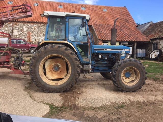 7810 Ford tractor