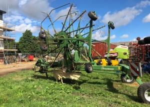 Krone 881E twin rotor rake